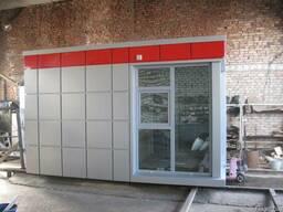 Посты охраны и отделы продаж из композитных кассет.