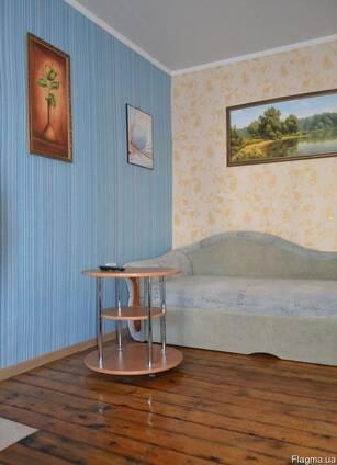 Посуточно 1 комнатная, до 3 человек, современный ремонт