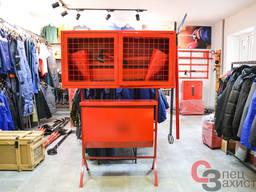 Пожежний стенд закритого типу з ящиком для піску, який перек