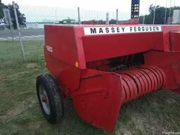 Прес-підбирач (пресс-подборщик) Massey Ferguson 120