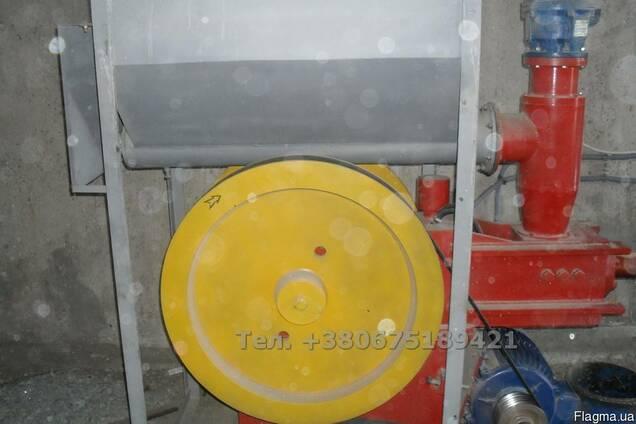 Пресс брикетировщик ударно-механический 4-5 тонн/сутки.