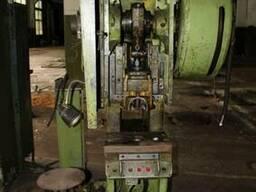 Пресс кривошипный КД2122, усилием 16т