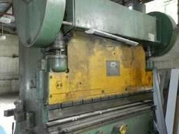 Пресс листогибочный кривошипный И1330, И1430