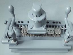 Пристрій УМ130 Для Запресовування з'єднувачів в стрічку