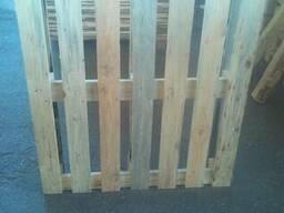 Нові дерев'яні піддони
