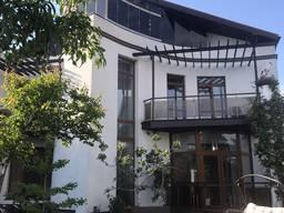 Продается 3х этаж дом возле моря в Совиньоне, Одесса