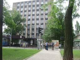 Продается административно офисное здание 6000 м.кв Донецк