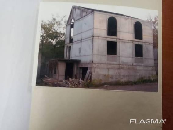 Продается дом 218 м. кв, Ленинский район, Донецк