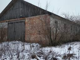 Продается здание бывшей конюшни в селе Боромики, 750 м. кв.
