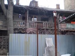 Продается здание под снос в центре города