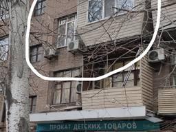 Продам 1 комнатную квартиру в Запорожье на Малом Рынке