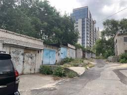 Продам 3-х этажный гараж возле парка Шевченко
