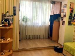 Продам 3-Х комнатную с автономкой в ремонте на ДНСе.