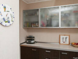 Продам 3ком.квартиру с капитальным ремонтом Титова