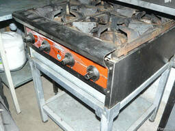 Продам б.у.плиту газовую промышленную 4-х ком CustomHeat ТТ4