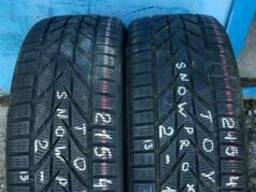 Продам б/у шины ЗИМА (2 шт.) Toyo Snow Prox S 953 215/45R17