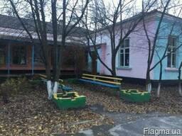 Продам базу отдыха (пионерский лагерь) в Полтавской областе.