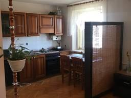 Продам четырехкомнатную квартиру в центре города Каховка