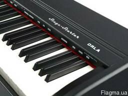 Продам цифровое пианино Orla