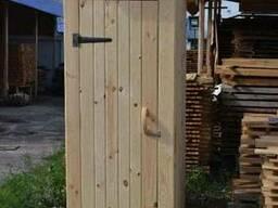 Продам деревянный туалет. Размеры 85*105*220.