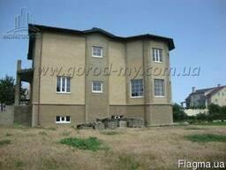 Продам дом 430 кв. м. в элитном районе с. Новоселовка.