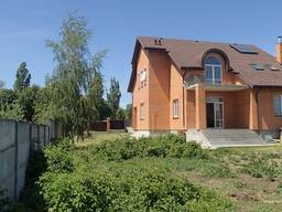 Продам дом Бориспольский район с. Мартусовка - 270 кв. м.