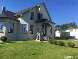 Продам дом Кирпичный коттедж, общей площадью 260 кв. м.