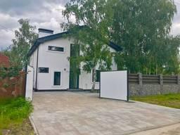 Дом в пригороде Киева возле леса