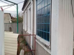Продам дом возле центра, не приват. участок 6 соток. Цена 35000 у. е.