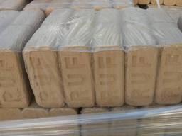 Топливные брикеты Руф дубовый, Пини кей, дрова , цена 2500 тонна.