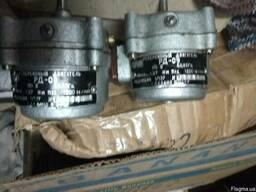 Продам двигатель РД09 ред1/137 1200 об/мин 110в