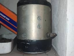 Продам электродвигатель МН-1
