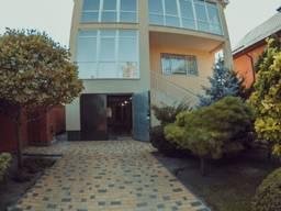 Продам элитный дом 320 кв. м , центр г. Днепр