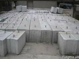 Продам Фундаментные блоки б/у не дорого