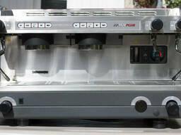Продам кофемашину La Cimbali m21. Возможна оплата частями