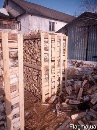 Продам колотые дрова в ящиках.