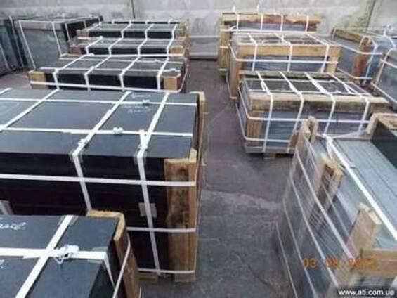 Продам комплекты гранитных памятников Буки 100-50-8 оптом