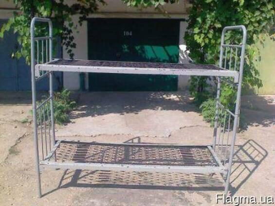 Продам кровати двухъярусные металлические БУ