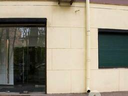Продам магазин в центре пр. Карла Маркса 104 м