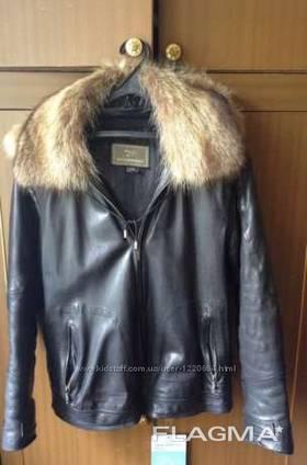 Продам мужскую кожаную зимнюю куртку дубленка на меху с капюшоном!