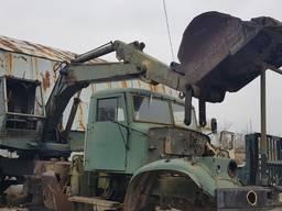 Продам на запчасти экскаватор войсковой ЭОВ4421б/у