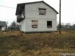 Продам недостроенный дом в с. Леськи