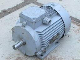 Продам новые электродвигатели на 2 скорости 380V пр.СССР.