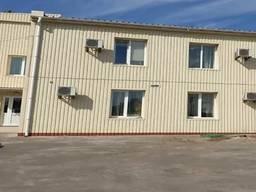 Продам офисно -складской комплекс в Суворовском р-не .