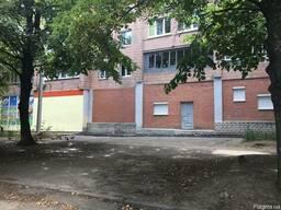 Продам помещение, общая площадь 600 м2 под магазин, медцентр