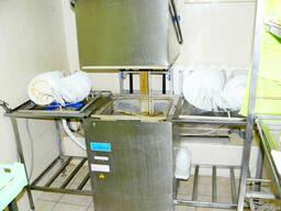 Продам посудомийну машину 700 МПУ бв купольного типу