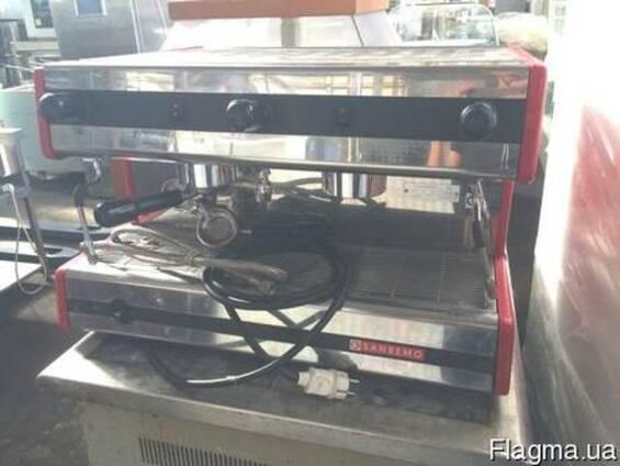 Продам профессиональную кофемашину Sanremo 2gr бу