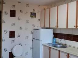 Продам просторную 2 комн квартиру Вильямса- Привал . с парковочным местом