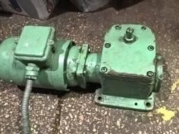 Продам редуктор на станок 3Г71