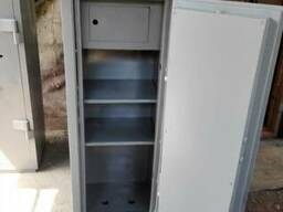 Продам сейфы офисные